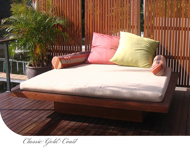 Classic Gold Coast Day Bed